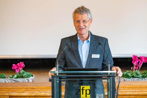 Suchtforum im Zentrum für Psychiatrie Emmendingen - Der Chefarzt der Klinik für Suchtmedizin, Dr. Friedemann Buchhagen.