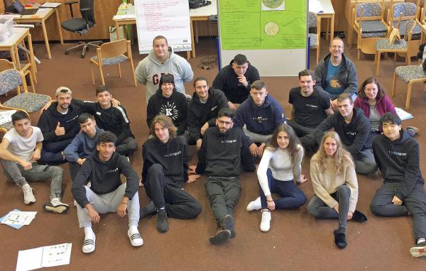 Honorarkräfte des Jugendreferats Rheinfelden auf dem Weg zur Jugendleiter-Card.  Foto: Stadt Rheinfelden