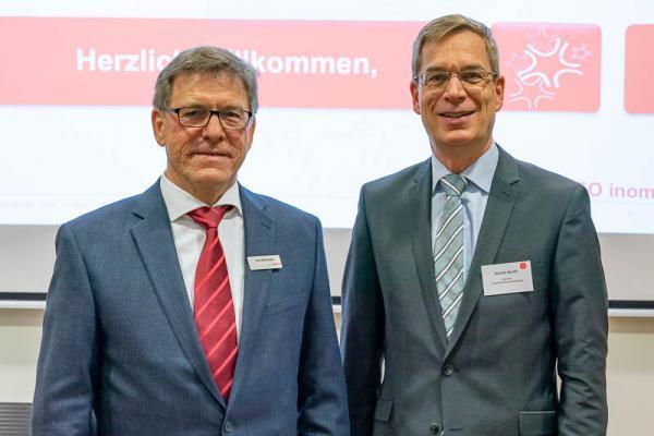 Wirtschaftsregion Freiburg zu Gast bei Inomed in Emmendingen - Inomed-Geschäftsführer Rudi Mattmüller (links) und Landrat Hanno Hurth.