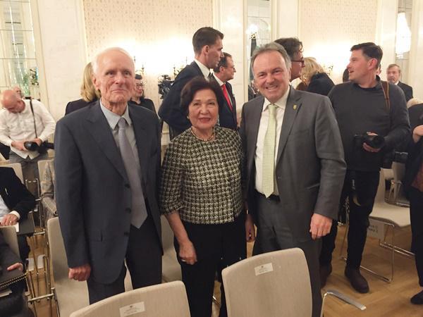 Firma Busch: V.li.: Dr. Karl Busch, Frau Ayhan Busch, Josha Frey