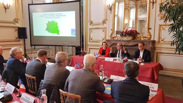 Eurodistrikt-Ratssitzung in neuer Zusammensetzung im Hôtel de Ville in Straßburg