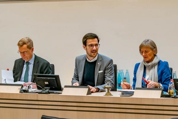 Mitglieder der Region Freiburg votieren für noch engere Zusammenarbeit - Führen turnusmässig abwechselnd den Vorsitz der Region Freiburg: Landrat Hanno Hurth (Landkreis Emmendingen), Oberbürgermeister Martin Horn, Landrätin Dorothea Störr-Ritter (Landkreis Breisgau-Hochschwarzwald).