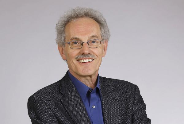 Rainer Grießhammer erhielt Bundesverdienstkreuz - Wissenschaftler aus Freiburg wurde für Leistungen für Gemeinwesen und für ehrenamtliches Engagement geehrt.  Foto: Albert-Ludwigs-Universität Freiburg - Öko-Insitut e.V.