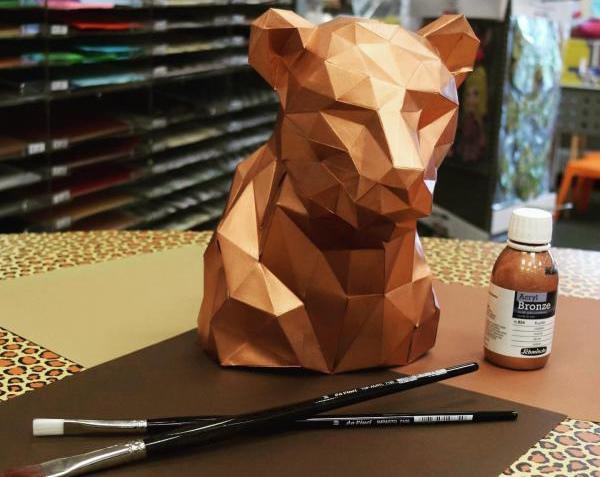 DIY Origami veredelt mit unserer Schmincke Acryl Bronze.