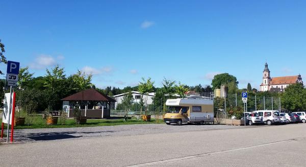 Wohnmobil-Stellplätze auf Espenparkplatz in Ettenheim - Stadt hat Angebot für kurzfristige Besuche in der Barockstadt geschaffen.  Foto: Stadt Ettenheim