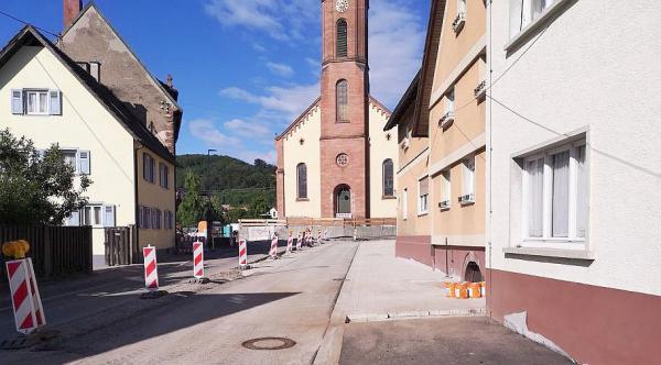 Halbzeit beim Ausbau der Ortsmitte in Lahr-Sulz - Bauarbeiten laufen nach Plan und kommen zügig voran.  Foto: Stadt Lahr