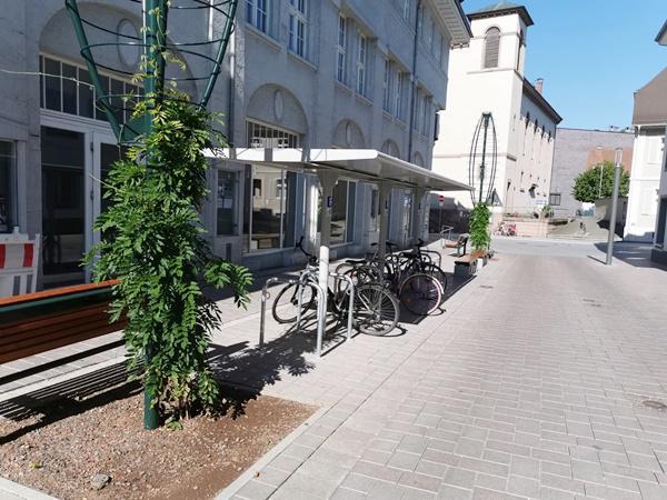 Neue Fahrradabstellanlagen in der Innenstadt von Lörrach  Bild: Stadt Lörrach
