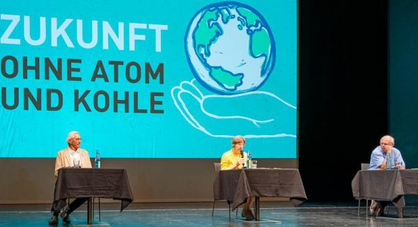 Trinationaler Atomschutzverband TRAS feiert die Abschaltung des Atomkraftwerkes Fessenheim.