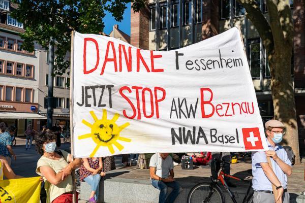 Kundgebung des BUND zur Abschaltung des Kernkraftwerks Fessenheim