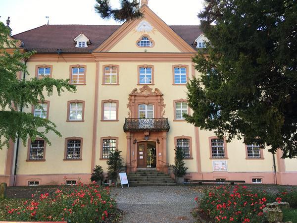 Immer am ersten Sonntag im Monat können Familien im Studio des Elztalsmuseums basteln  Foto: Stadt Waldkirch