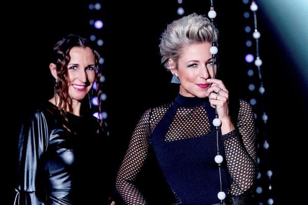 """Anita & Alexandra Hofmann drehten erneut Musikvideo im Europa-Park. Das Video """"Sünden der Nacht"""" wurde unter anderem im Europa-Park Dome gedreht.  Foto: Europa-Park - Chris Daneffel"""