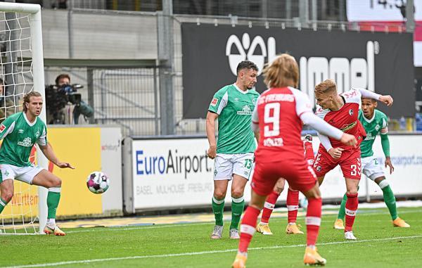 SC Freiburg spielt 1:1 gegen Werder Bremen - Philipp Lienhart (3) trifft zum 1:0  Bild: Stephan Eckenfels