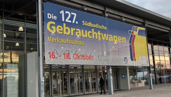 127. Südbadische Gebrauchtwagen-Verkaufsschau auf der Messe Freiburg.  REGIOTRENDS-Foto: Reinhard Laniot