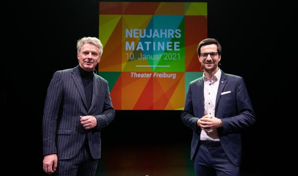 Freiburgs Oberbürgermeister Martin Horn (rechts) mit Moderator Jörg Pilawa bei der Probe vor der Veranstaltung heute Morgen  Bild: Stadt Freiburg - Patrick Seeger