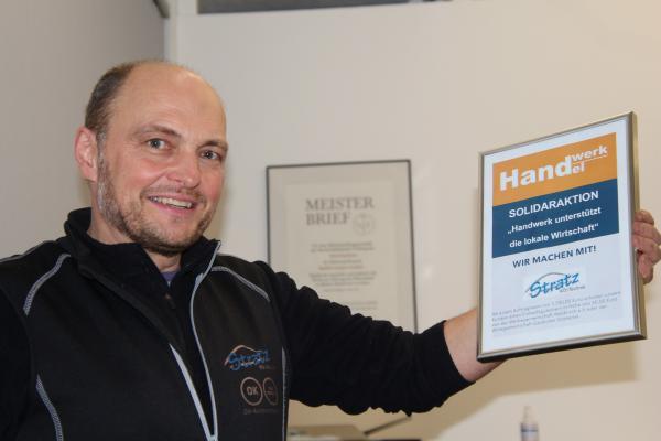 """""""Es ist einfach das Gefühl, dass man jetzt solidarisch sein muss"""", sagt Hansjörg Stratz, Kfz- Meister und Inhaber der Autowerkstatt Stratz-Kfz-Technik in Glottertal"""