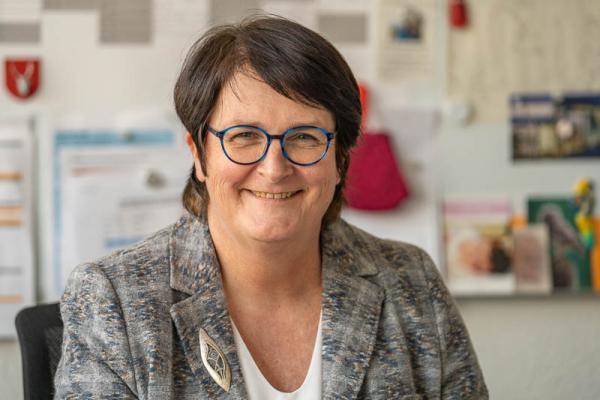 Baden-Württemberg öffnet Grundschulen und Kindertagesstätten. Angela Hauser ist Rektorin der Fritz-Boehle-Grund- und Werkrealschule. Gleichzeitig ist sie geschäftsführende Schulleiterin für alle Grund-, Werkreal-, Real- und Sonderschulen in Emmendingen.  REGIOTRENDS-Foto: Jens Glade