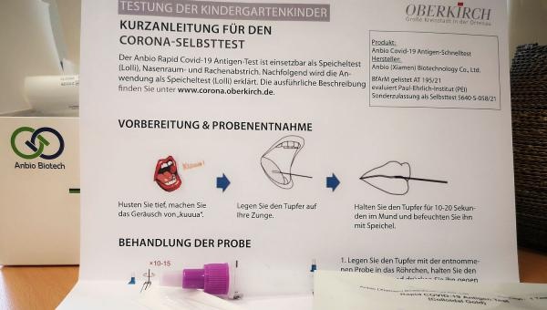 Oberkirch verteilt Selbsttests an alle Kindergärten der Großen Kreisstadt. Selbsttest an Kindergärten.  Foto: Stadt Oberkirch - Mathias Benz