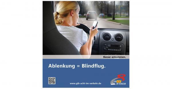 """'Radfahrende im Blick': """"Unterwegs - mit allen Sinnen!"""" - Tipps und Infos der Polizei zum Thema """"Ablenkung"""".  Foto: Polizei"""