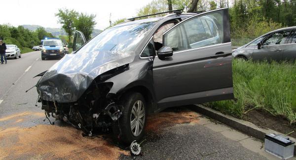 Verkehrsunfall mit mehreren Fahrzeugen auf Besançonallee in Freiburg.  Foto: Stadt Freiburg