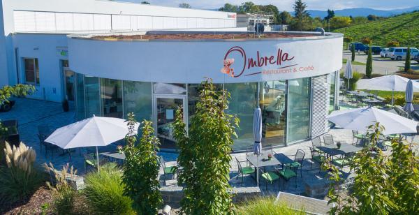 Ombrella Restaurant & Café Im Hausgrün 29 79312 Emmendingen Tel.: 07641 967 367 3929 E-Mail: info@ombrella.de www.ombrella.de