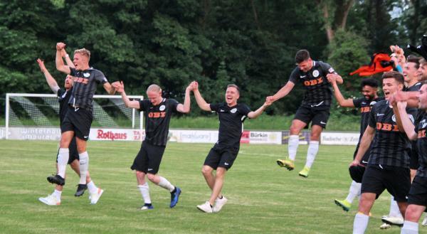 """Stadionbilder vom Bezirkspokal-Halbfinale: FC Emmendingen schlägt den TV Köndringen mit 2:1 - """"FINALE!""""  Foto: Reinhard Laniot / """"EM extra"""" - Das RT-Lokalteam Emmendingen"""
