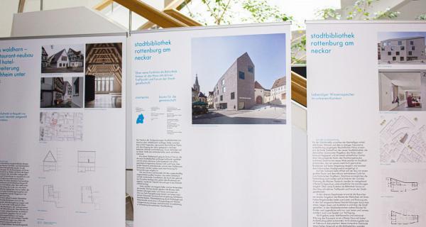 Bis 2. November: Ausgezeichnete Baukultur - Ausstellung zum Staatspreis Baukultur Baden-Württemberg im Landratsamt Lörrach.  Foto: Landratsamt Lörrach