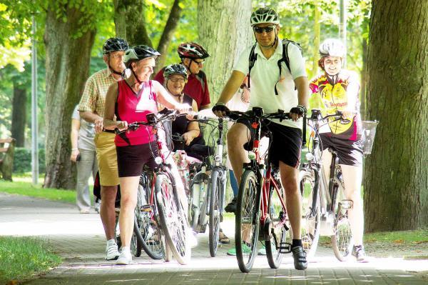 20. Oktober: Markgräflerland um Bad Krozingen ganz bequem auf dem Elektrorad erkunden - Kur und Bäder GmbH bietet geführte E-Bike Tour an.  Foto: Kur und Bäder GmbH Bad Krozingen